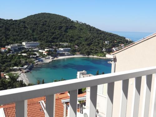 Un balcón o terraza de Apartments Roko