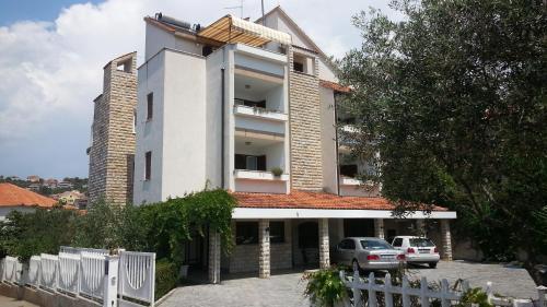 Apartments Vojin