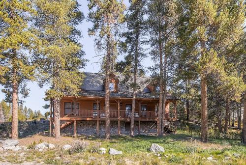 Twilight Home by Colorado Rocky Mountain Resorts
