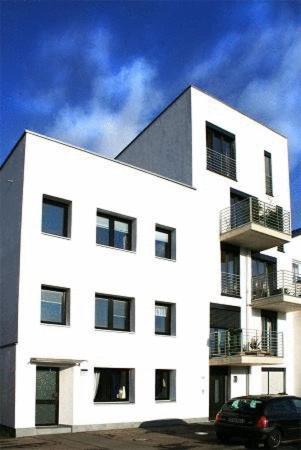 l genheter att hyra i k ln hyr l genhet i k ln i tyskland. Black Bedroom Furniture Sets. Home Design Ideas