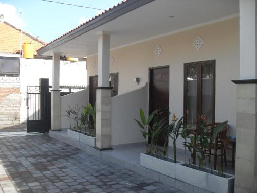 Gendis Hotel and Guest House