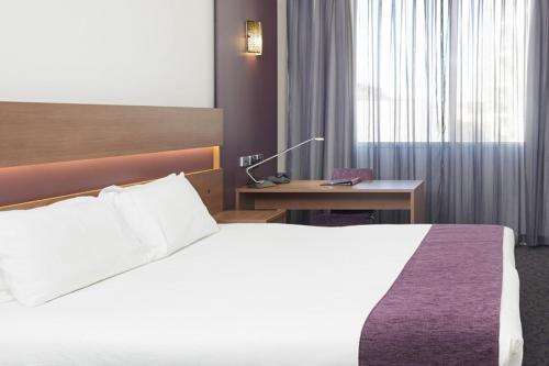 Quality Hotel Ambassador Perth (formerly Perth Ambassador Hotel)