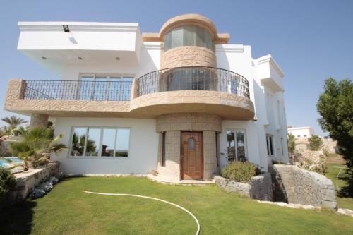 Villa Sharm - Luxury Beach Side Private Villa