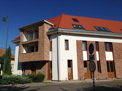 Lovagvár Apartments