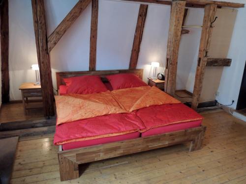 Ein Bett oder Betten in einem Zimmer der Unterkunft Ferienwohnungen Rockefeller Zentrum Bamberg