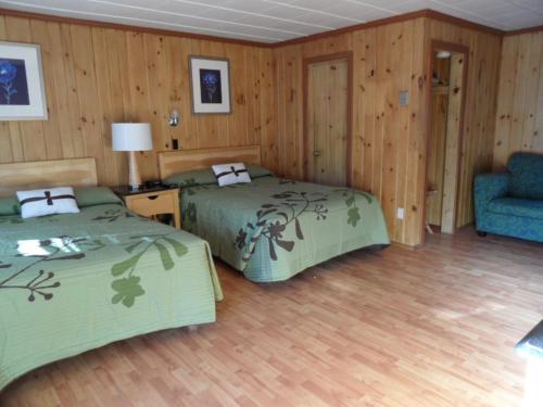 Seven Dwarfs Cabins - Brown Cabins