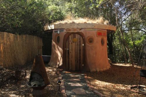Hobbit Hut