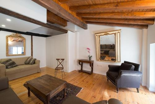 Heart of Pamplona Apartment