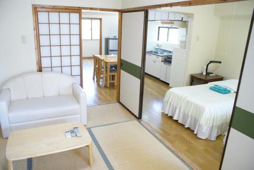 photo of 每周海港景大廈酒店(Weekly Harbourview Mansion) | 日本沖繩縣(Okinawa, Japan)
