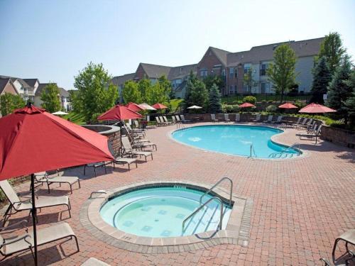 Apartment global luxury suites at forrestal princeton nj - Princeton university swimming pool ...