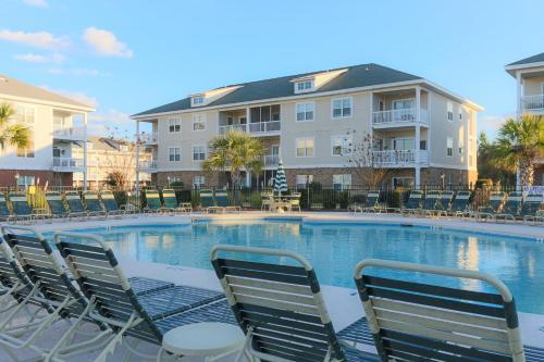 River Oaks Golf Resort