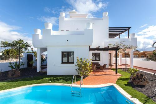Villas Oliva by Vacanzy Collection