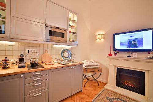 Küche/Küchenzeile in der Unterkunft Nadi's Home – Heart of Budapest