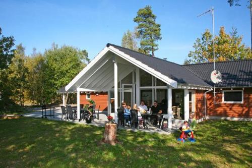 Five-Bedroom Holiday home in Köpingsvik