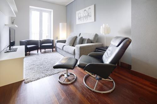 Marina Playa Apartment by FeelFree Rentals