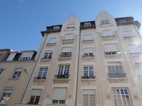 Apartment lart déco angers france booking com