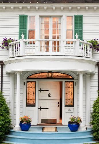 Hampton Terrace Inn