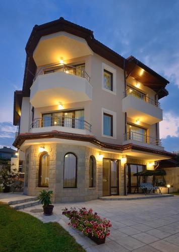 Guest House Hubava Kushta
