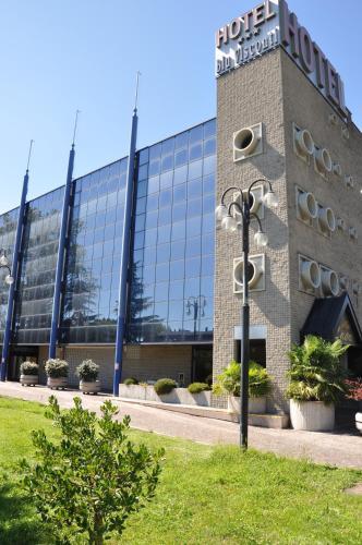Hotel Blu Visconti (Italien Trezzano sul Naviglio) - Booking.com