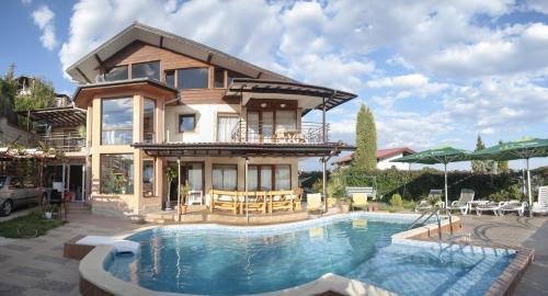 Villa Albena Bay View