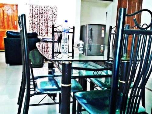 Leeflex Serviced Apartment