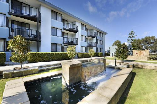 The swimming pool at or near Lodestar Waterside Apartments