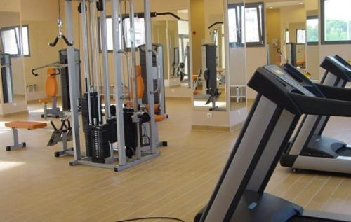 The fitness center and/or fitness facilities at Ohmyloft Valencia