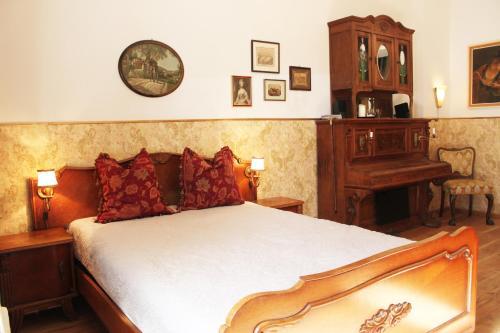 Voodi või voodid majutusasutuse Refugium der Liebe in Berlin toas