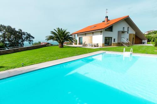 Emyrent l Villa Igeldo