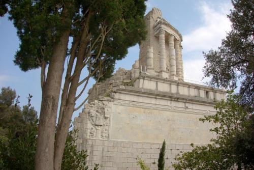 Overlooking Monte-Carlo (Trophée d'Auguste 2)