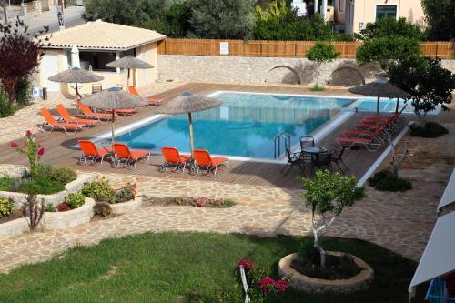 Πισίνα στο ή κοντά στο Apartments Avra