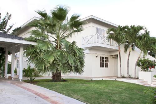 Villa Vista Royal