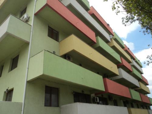 Adeline Apartments