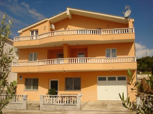 Apartments Vidović