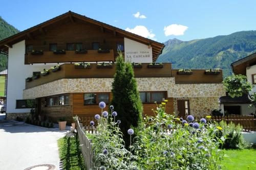 Luxury Villa La Cascade Full-Board