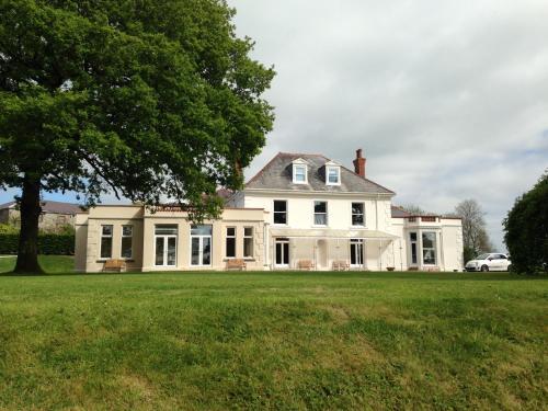 Mansion House Llansteffan
