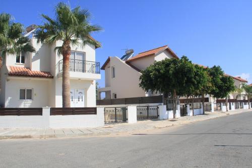 Maricosta Villas