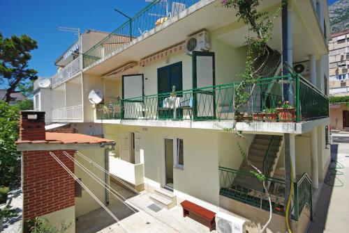 A balcony or terrace at Apartments Ribarević