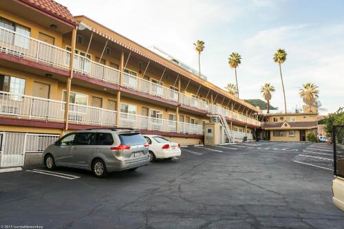 Hollywood La Brea Inn