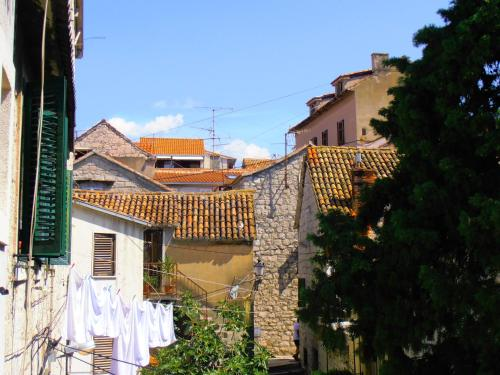Villa Split Art