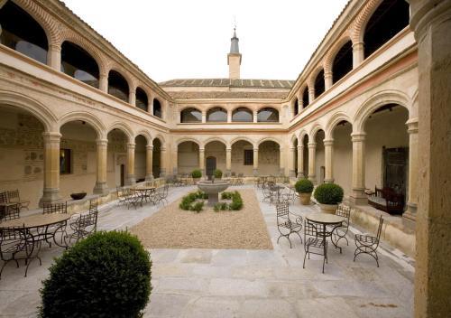 Hotel San Antonio el Real