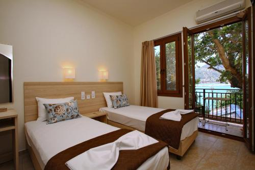 Aktaion Guest Rooms