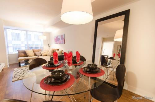 Royal Stays Furnished Apartments-Blue Jays Way