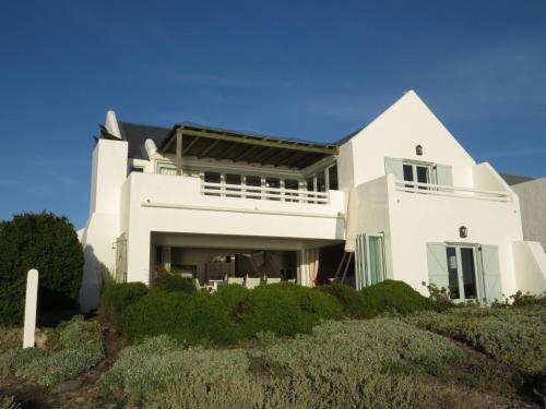 Le Chaim House