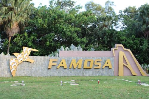 A'Famosa D'Savoy Guest House