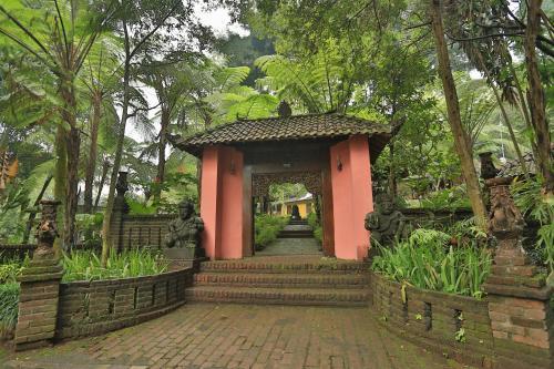 Kaliandra Sejati Eco Resort & Farm