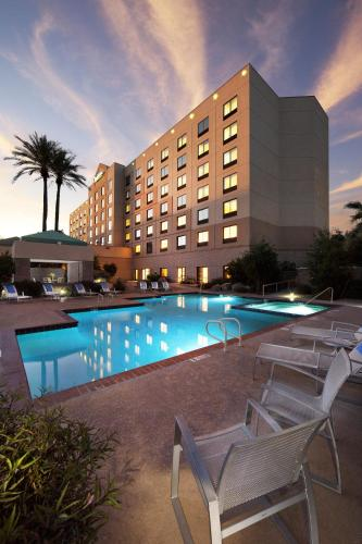 The Swimming Pool At Or Near Radisson Hotel Phoenix Airport