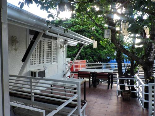 Orange Mangrove Pension House