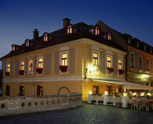 Offi Haz Hotel
