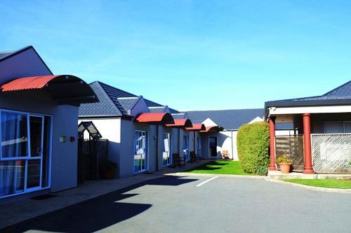 Airport Birches Motel